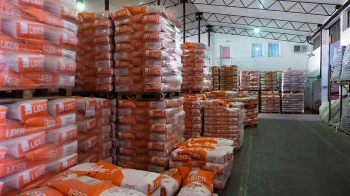 Hrana produkt magacin stočna hrana premiks koncentrat